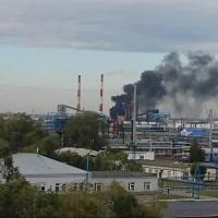 На Омском НПЗ горела коксовая установка