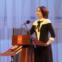 Мэр Омска Фадина поставила в один ряд покорение космоса и правление Путина