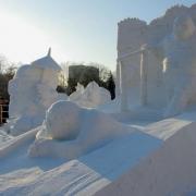 """Омские """"моржи"""" победили на фестивале снежных скульптур"""