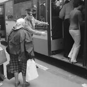 Проезд в омских автобусах может составить 11 рублей