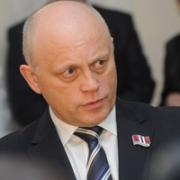 Виктор Назаров озаботился проблемами сиротства и семейного неблагополучия