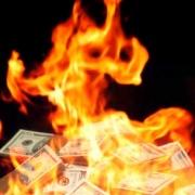 Омич спас из огня миллион рублей