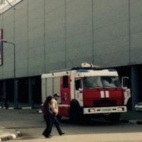 Из торгового центра «Мега» эвакуировали людей