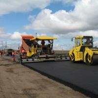 В Омской области чиновников вынудили отремонтировать изрытую дорогу