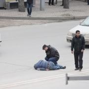 """Омская полиция ищет водителя, сбившего пешехода у """"Торгового города"""""""
