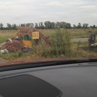 Омичка пожаловалась в соцсети на мусорные кучи