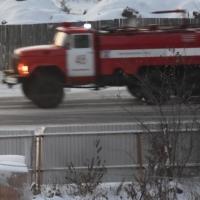 В Омской области семь пожарных боролись с огнем, охватившим 170 квадратных метров
