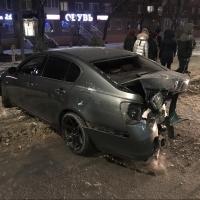 В центре Омска 17-летний парень на «Лексусе» выехал на встречку