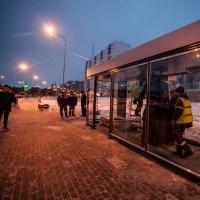 Стало известно, на каких остановках омские пассажиры смогут согреться