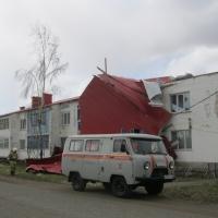 В Омской области сорвало крыши с 400 зданий