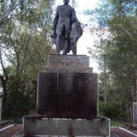 В Омской области подожгли памятник воину-освободителю