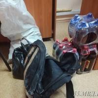 В Омском районе родители оставили сына на месте преступления