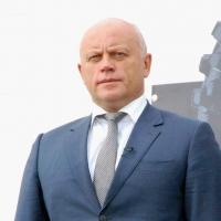 Губернатора Омской области не могут дождаться в суде по делу Риты Фоминой и Олега Илюшина