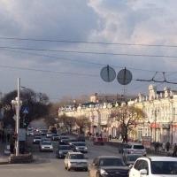 К юбилею Омска отремонтируют 37 остановок в центре города