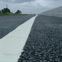 Дорожники успели нанести разметку до дождя на трех омских магистралях