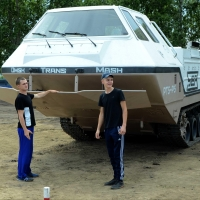 Предприятие Омска показало на «Рембате» транспортер-амфибию