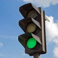 В Омске на два дня отключат светофор на улице Конева