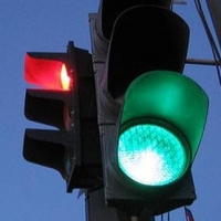 На проспекте Мира в Омске изменили работу светофора