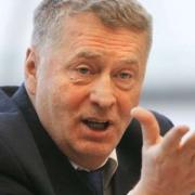 Жириновский посоветовал однопартийцу из Омска показывать малограмотность дома