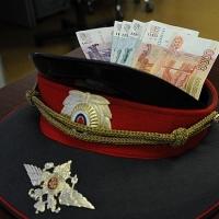 За взятку условным сроком наказали бывшего сотрудника ГИБДД в Омской области
