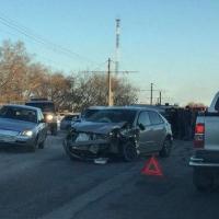 В Омске при столкновении четырех автомобилей пострадал ребенок