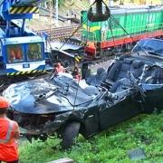 Водитель BMW погиб после падения машины с моста