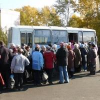 Дептранспорта Омска считает трехдневную работу садовых автобусов осенью достаточной