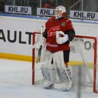 Бобков будет защищать ворота омского «Авангарда» еще два года