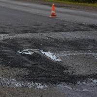 Ямочный ремонт дорог стартовал в Омске