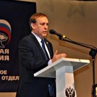 Омские единороссы ответили на обвинения в подкупе избирателей