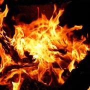 Ночью в Омске загорелся девятиэтажный дом