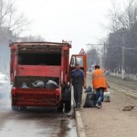 С омских улиц вывезли 200 тысяч кубометров мусора