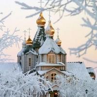 Губернатор Омской области встретил Рождество в церкви