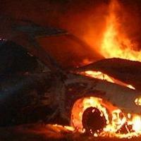 Ночью в Омске горели четыре иномарки