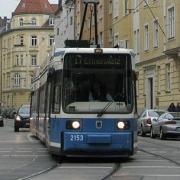 "В Омске на улице Орджоникидзе трамвай столкнулся с ""КамАЗом"""