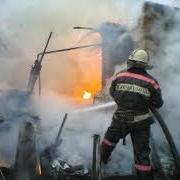 В Омской области сгорел склад с гробами и памятниками