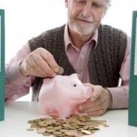 В Омске работающие пенсионеры получат прибавку к выплатам