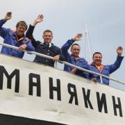 """Сергею Манякину"" – долгого плавания"