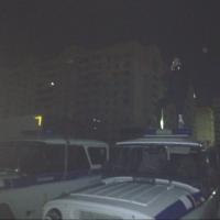 Неизвестный омич сделал фотографии на крыше полицейского УАЗа