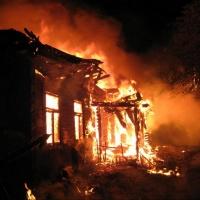 В Омской области в пожаре погибли трое человек