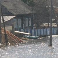 В Омской области начались выплаты пострадавшим от паводка