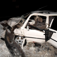 В Омске в столкновении трех автомобилей пострадали шестеро