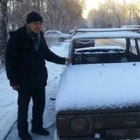 Омичи начали выбирать машину, которую купят пенсионеру на собранные деньги