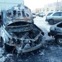 В Советском округе Омска сгорели две машины