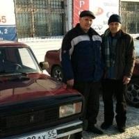 Омичи купили пенсионеру машину взамен сгоревшей
