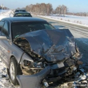 242 аварии произошли в Омске во время снегопада