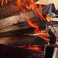 При пожаре в Ленинском округе Омска погибли два человека