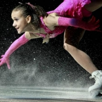 Юные фигуристы устроят на омском льду шоу к 70-летию Победы