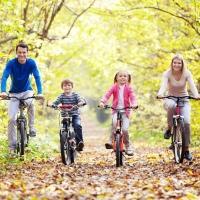 Омским водителям предложили на один день пересесть на велосипеды