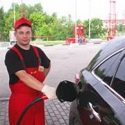 В Омске вновь выросли цены на бензин